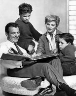 220px-Cleaver_family_Leave_it_to_Beaver_1960